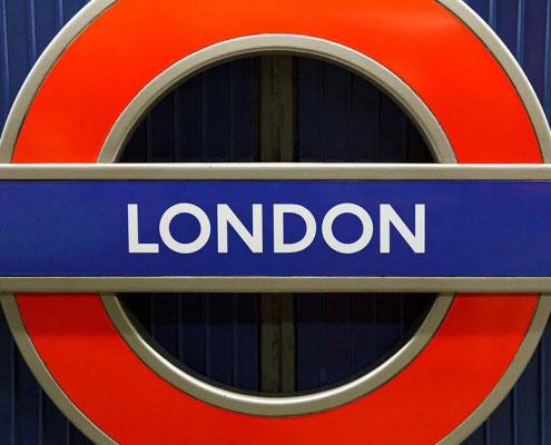 Simbolo rotondo Metropolitana Londra